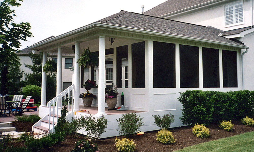 Screened porch build services deck masters of columbus for Screened in porch ideas design